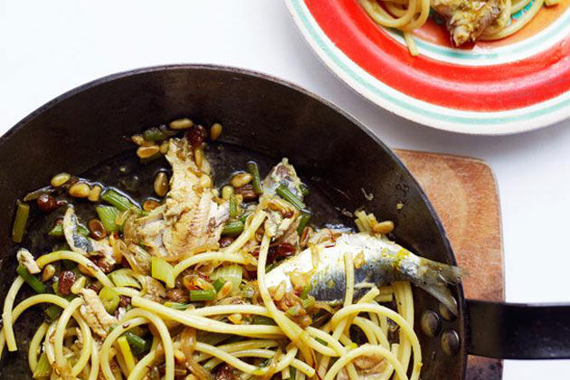 Sardines recipes with noodles and veg
