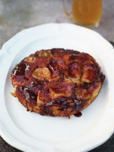 Apple pepper pot cake