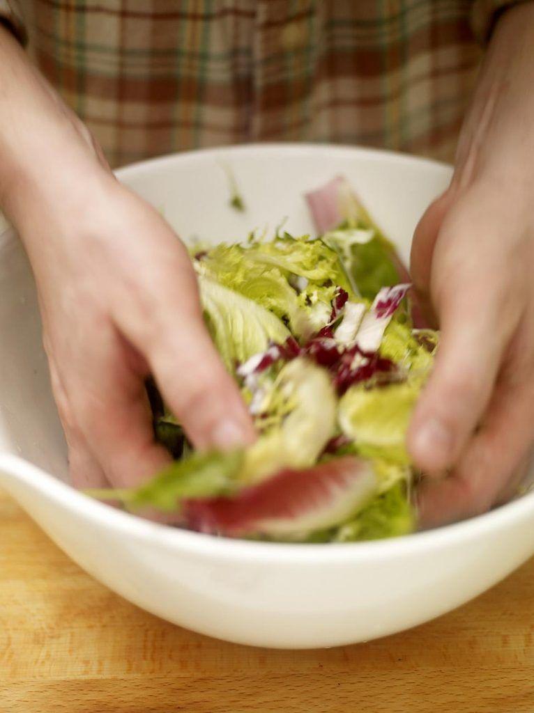 Dressed green salad