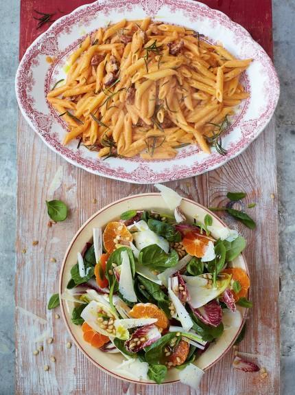 Chorizo carbonara with catalan market salad