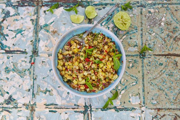 pineapple salsa homemade recipe in a bowl