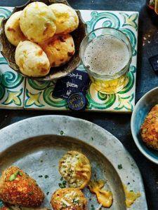 Brazilian breakfast dough balls