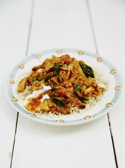 Jools' easy chicken curry