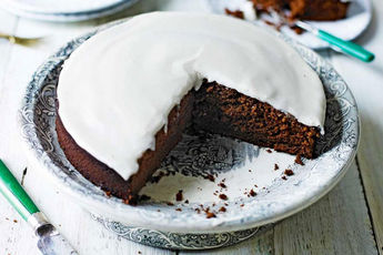 How to make perfect chocolate Guinness cake