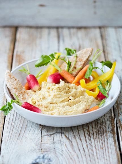 SNACK – SIMPLE HOUMOUS