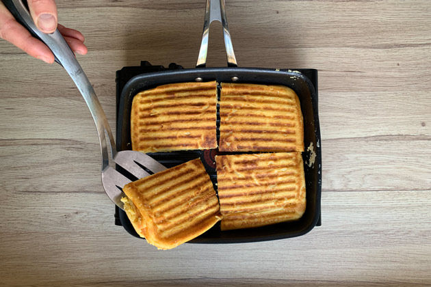 Griddle=pan waffles