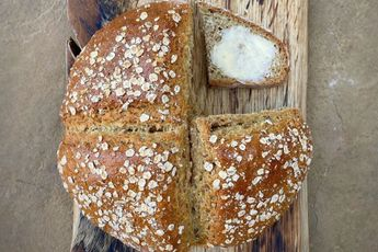How to make Jamie and Buddy's tin can soda bread