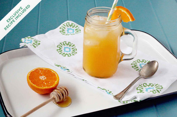 honey drink with clementine fizz and ice