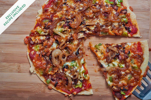 caramelized onion and bacon pizza with cheese