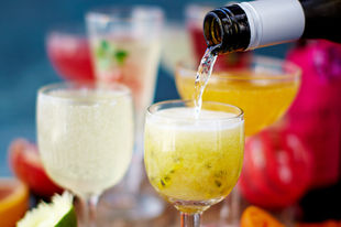 Prosecco & punch: cocktails for New Year