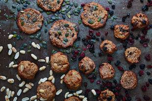 Oaty gluten-free cookies: one dough, four ways