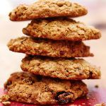 oat biscuits with currants in stacked on top of each other