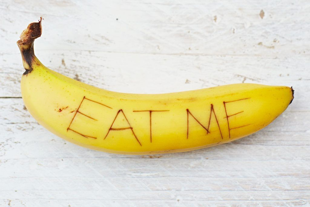 eat me written in a banana