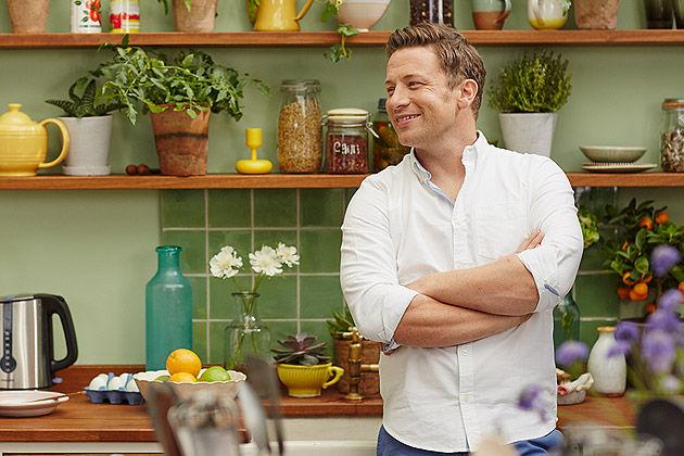 veggie challenge jamie oliver in kitchen