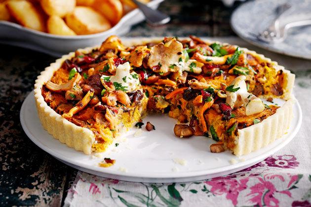 chestnut mushroom tart with beg and seasoning