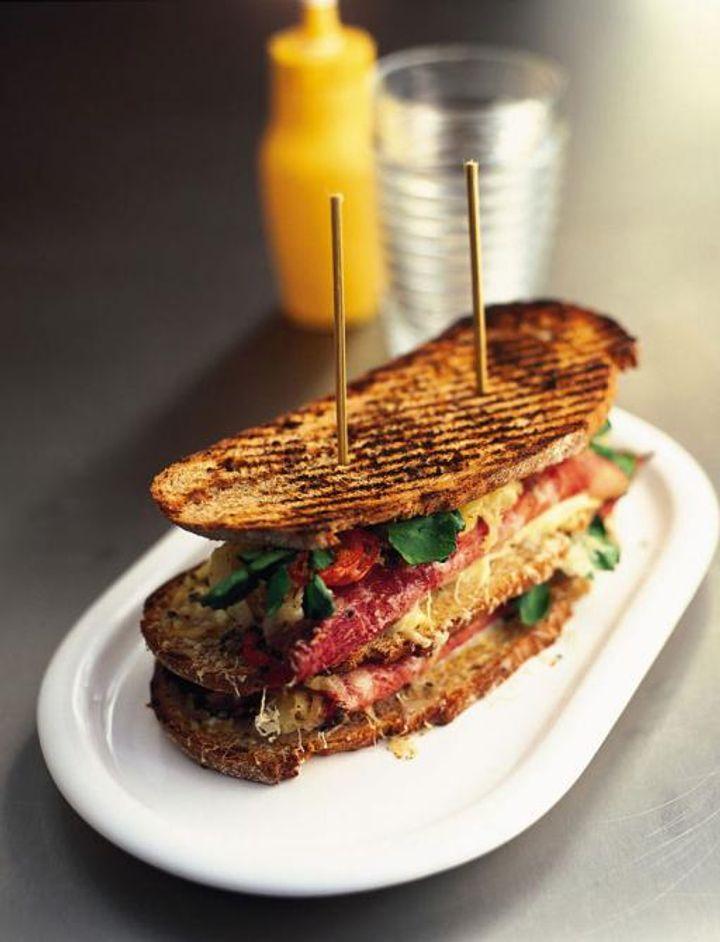 bread reuben sandwich