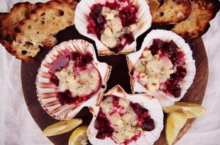 Scallop Tartare with Bacon & Beetroot