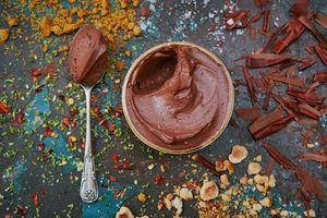 Vegan chocolate pots