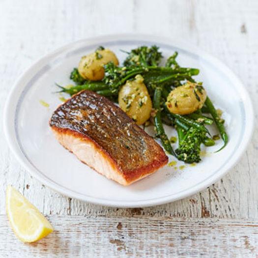 New potato recipes with salmon and green veg and pesto