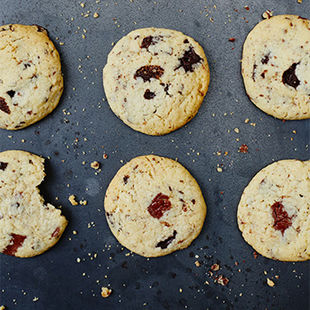 Homemade choc chip cookies make the ideal edible gift