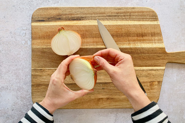 How to chop an onion: Step 1.1