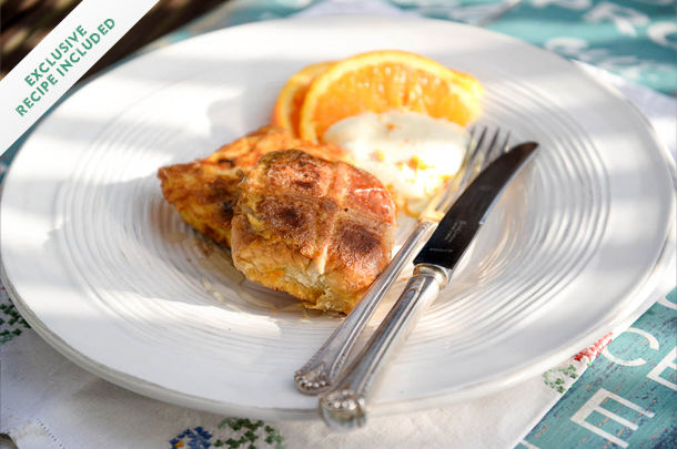 hot cross bun eggy bread with orange slices