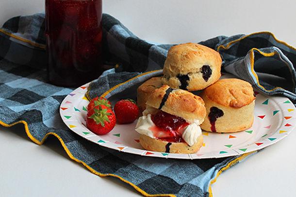 homemade scones with strawberry jam and cream