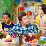 jamie teaching kids how to cook