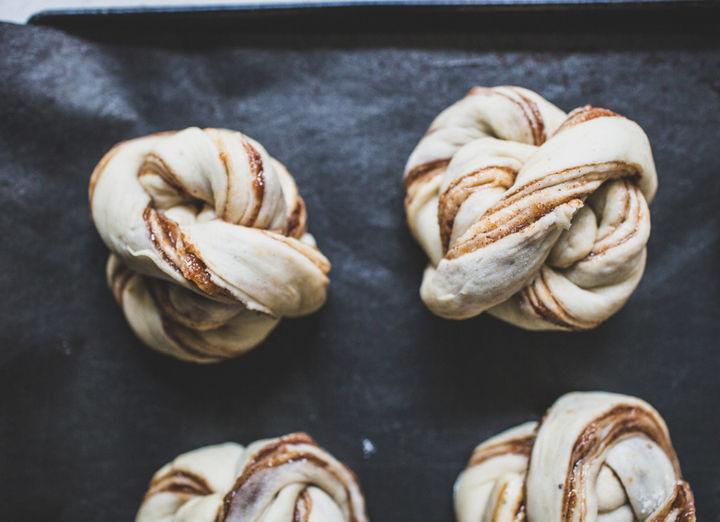 vegan swedish cinnamon buns recipe