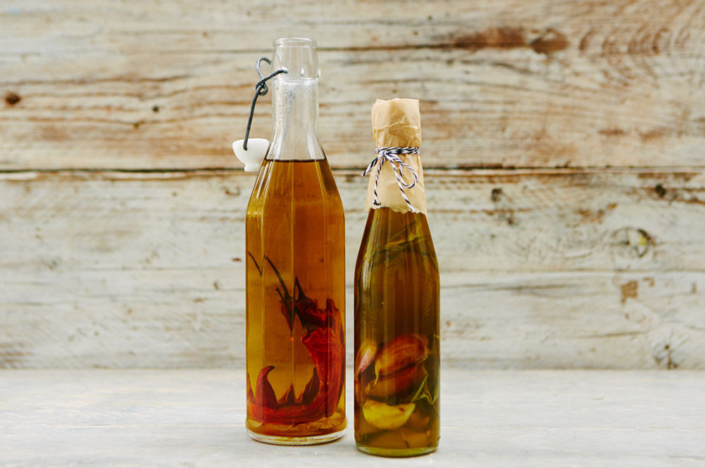 olive oil infused with chilli and garlic