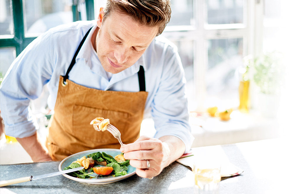 jamie oliver eating vegetables
