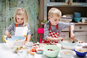 Edible gifts to make with the kids this Christmas
