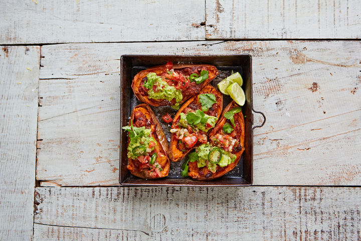Veggie_chilli_guacamole_salsa_sweetpotato_skins_16299_preview