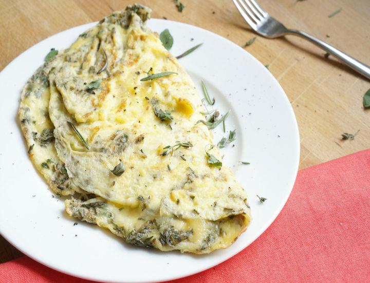Jenn-Farr---Garden-Herb-Omelette-1
