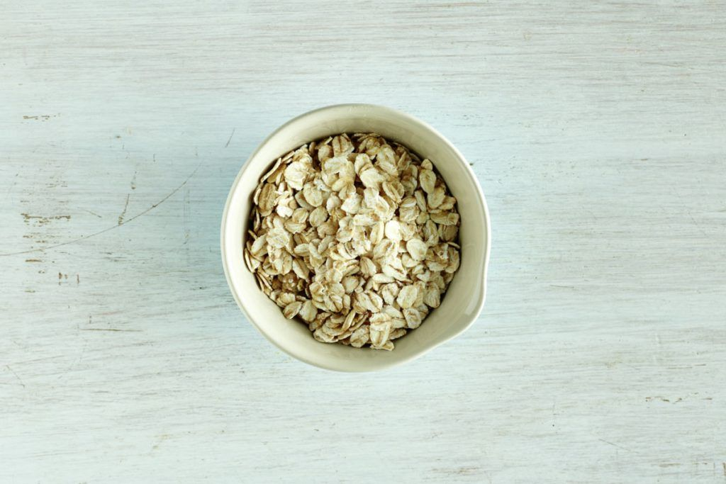 healthy bowl of oats
