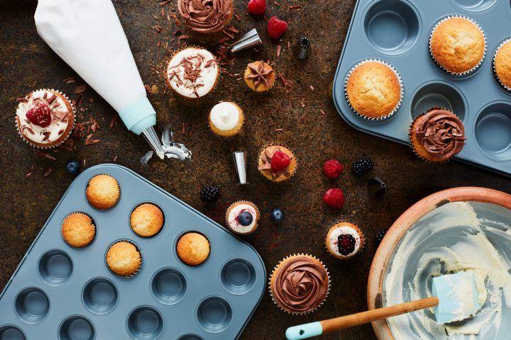Jamie Oliver DKB cake tins