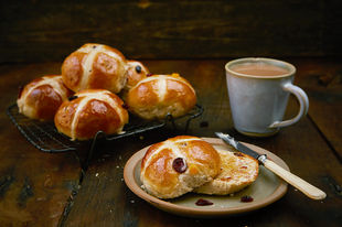 Why hot cross buns should be homemade