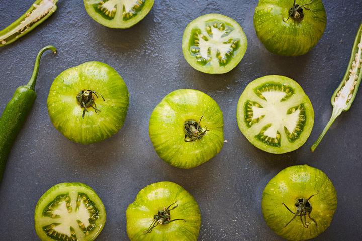 Green_tomato_chutney_w_Chetna_Makan_1615_preview