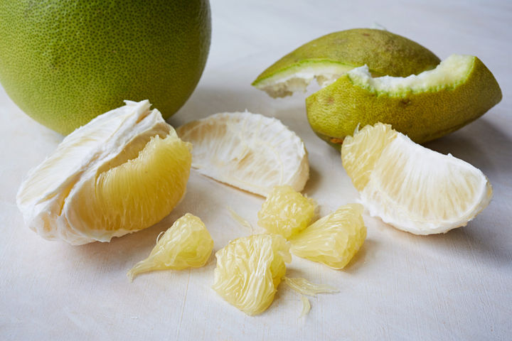 Tropical-Fruits_Pomelo_5827_preview