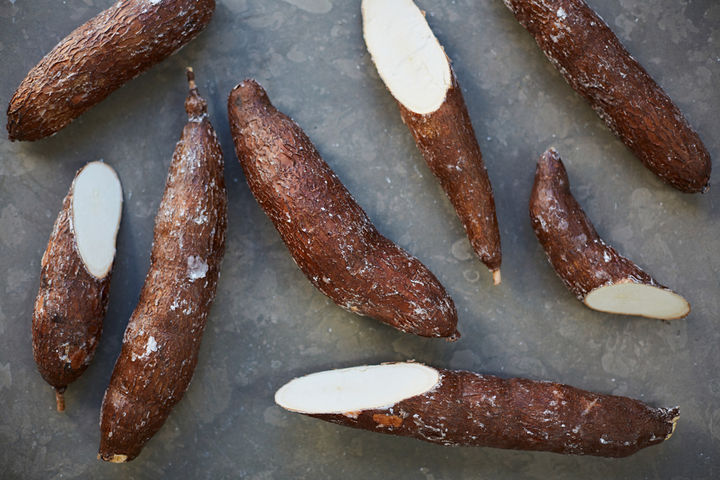 What_is_Tapioca_cassava_root_1582_preview
