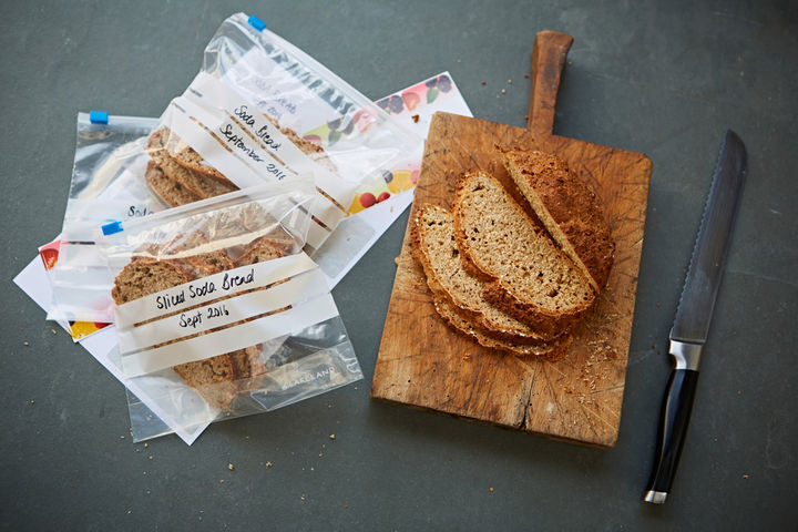 everyday_recipes_for-your_freezer_soda_bread_1697_preview