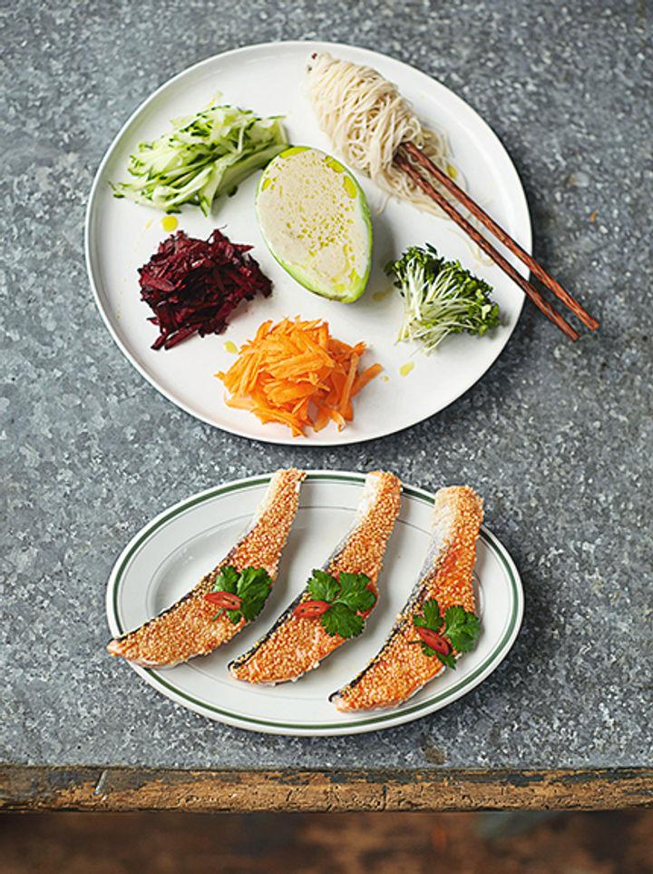 Sesame seeds and salmon