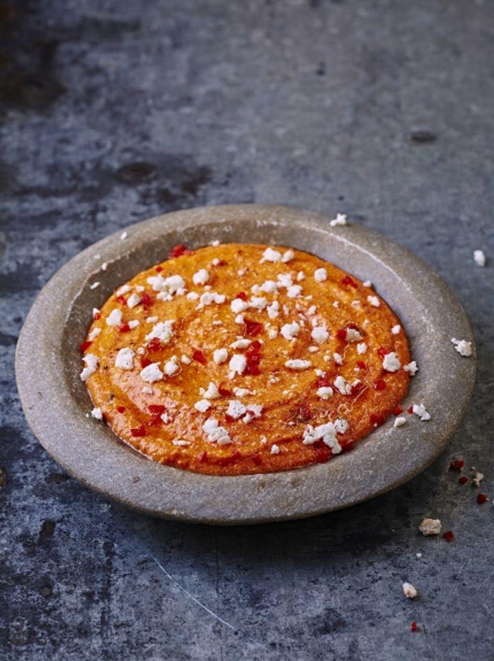 Easy dips - spicy feta & pepper