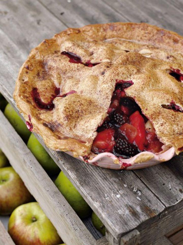 Blackberries - August seasonal produce