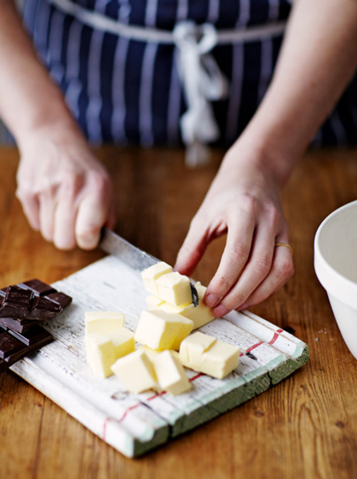 Image of butter and chocolate being cubbed