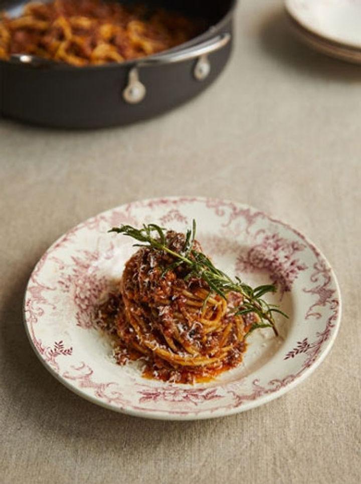 Classic spaghetti bolognese recipe