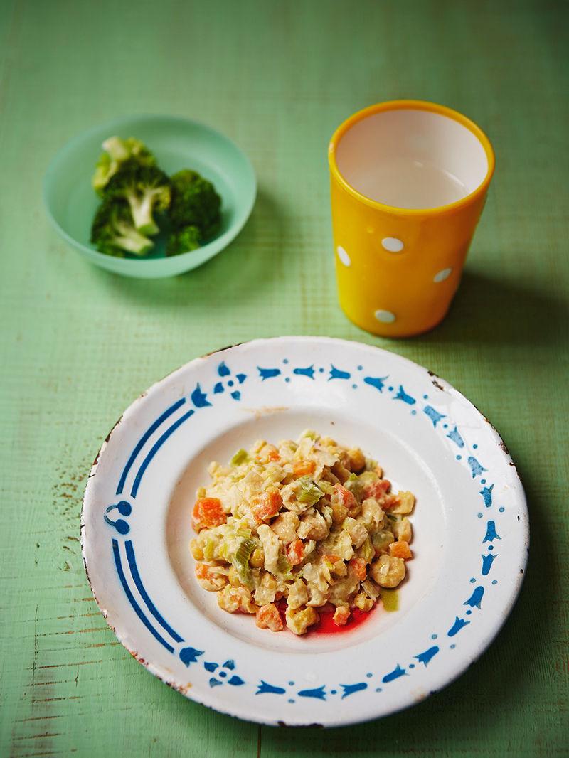 Helen's chickpea, leek & carrot stew