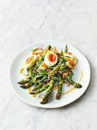 Asparagus, eggs & French dressing