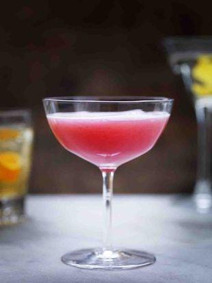 Christmas cocktails & drinks