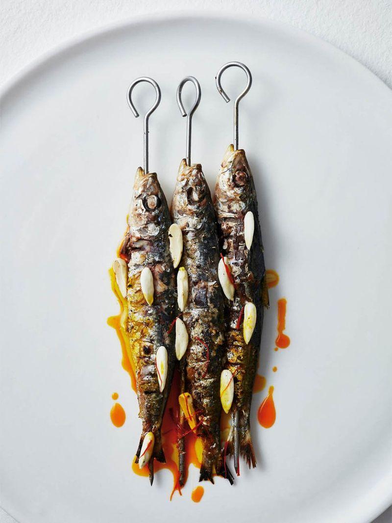 Charcoal sardines